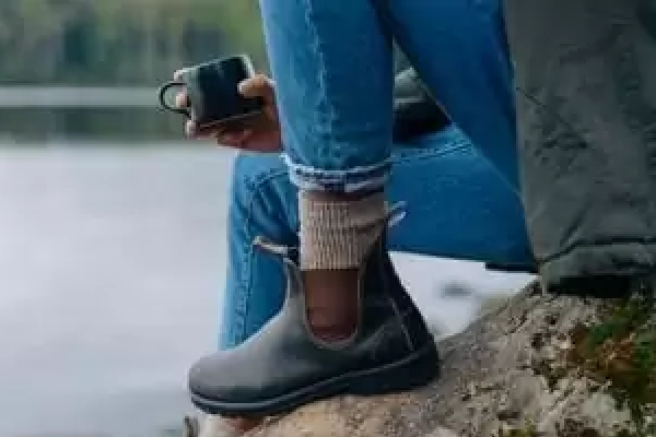 Jodhpurs, chelsea boots of paardrijschoenen?